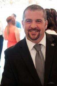 <b>Formal weddings</b><br> Black suit, silver tie